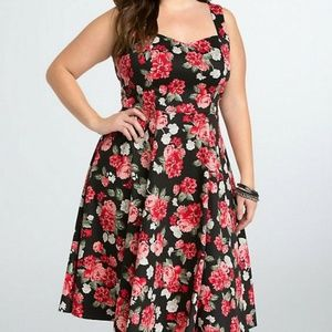 Torrid Floral Roses Cut Out Swing Pinup Dress